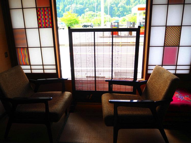 ゲストハウスしましまの和室③