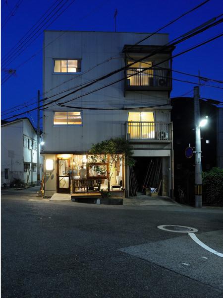 Kobe Guest House MAYA 神戸ゲストハウス萬家の外観