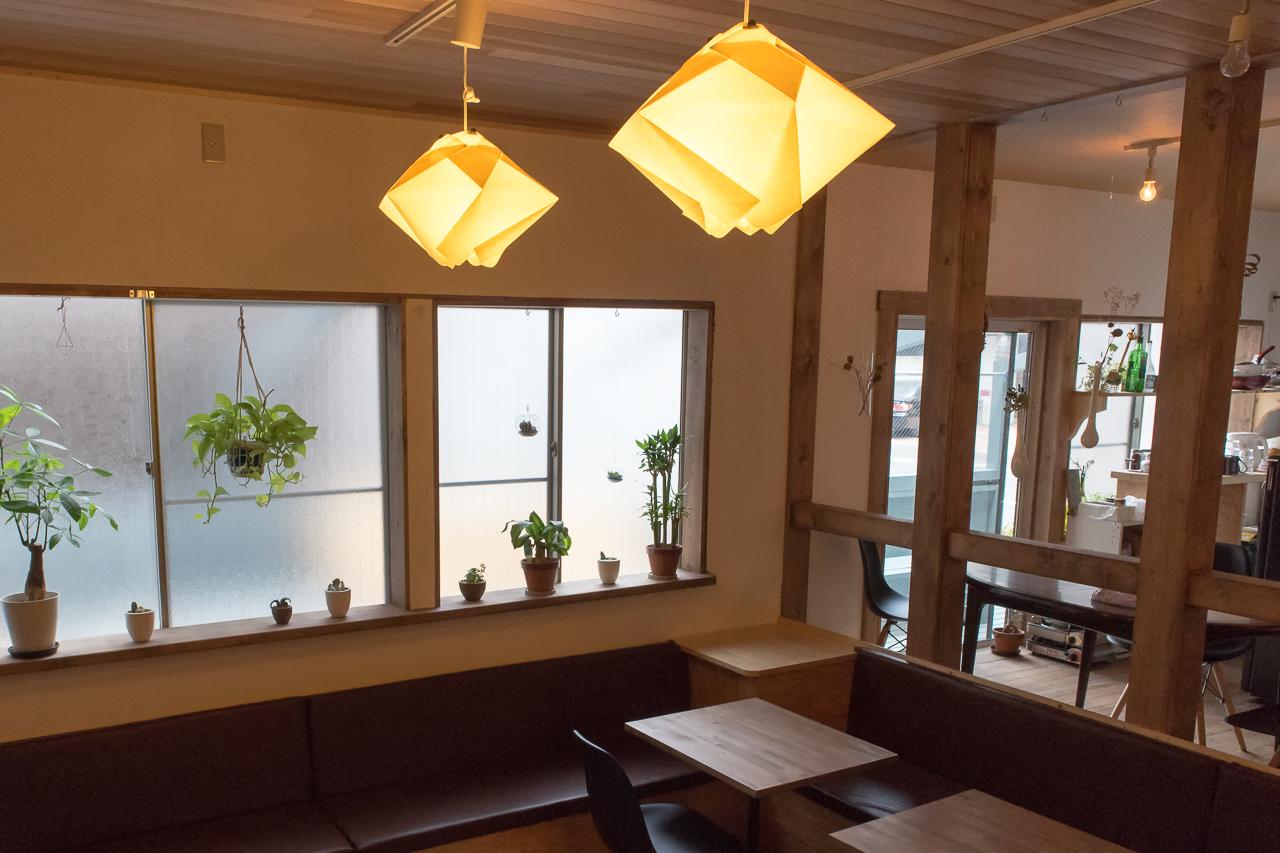 ゲストハウスyuyu・リビングルームの照明