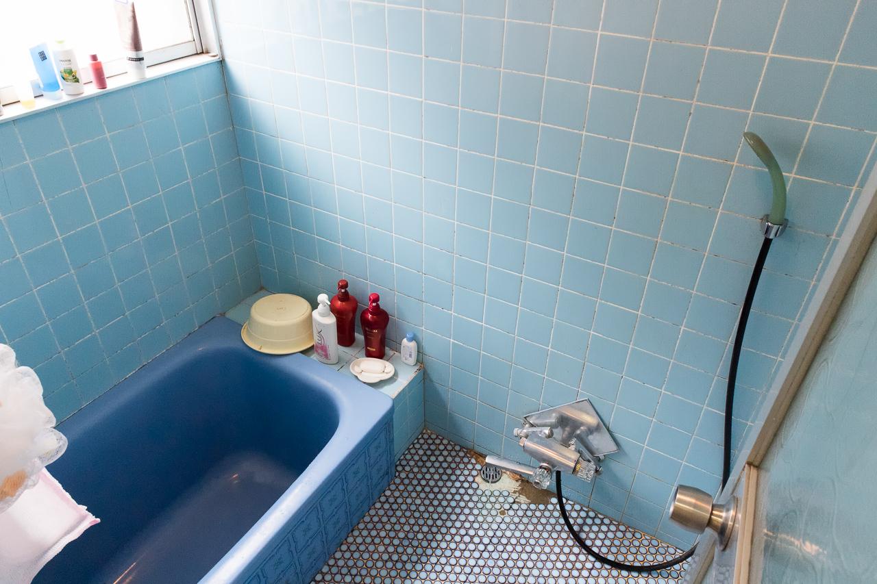 ドミトリーシルシルの風呂