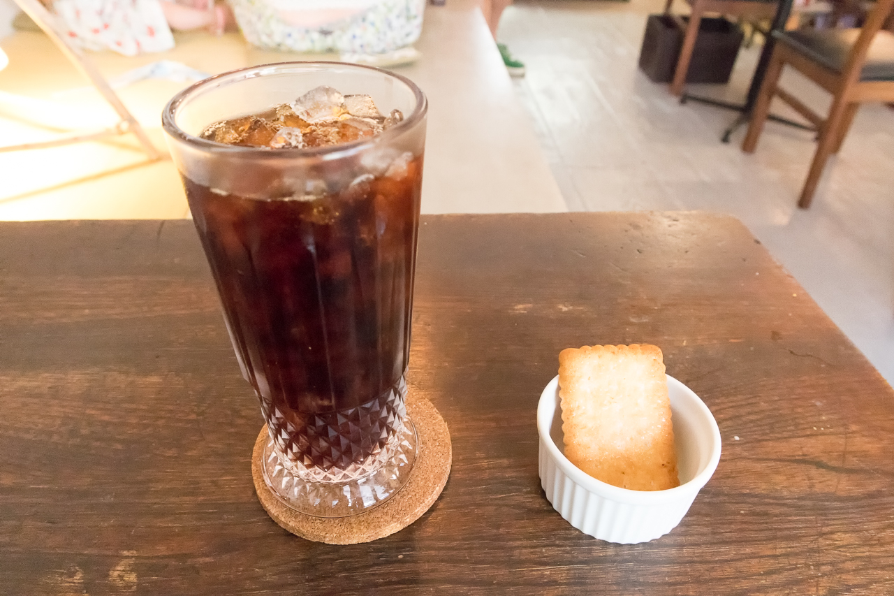 Zabutton hostelウェルカムドリンクのコーヒー