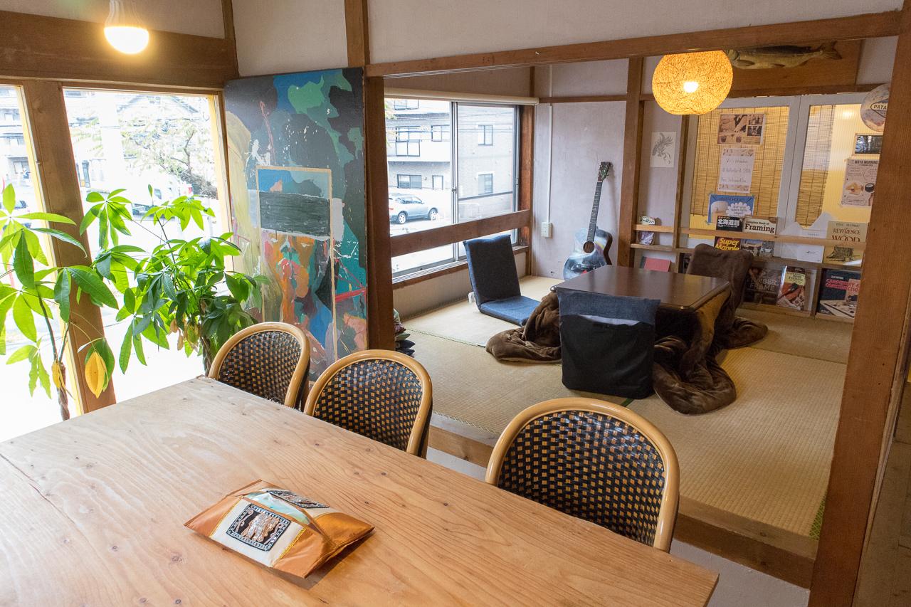 札幌ゲストハウスwaya(ワヤ)共有ラウンジの様子
