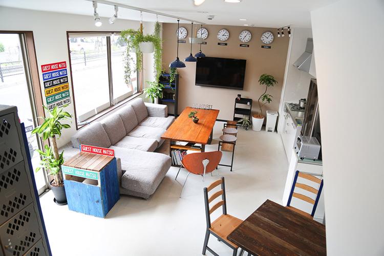 ゲストハウス松の内装