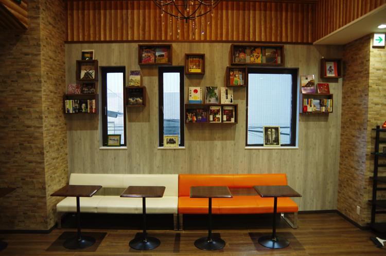 ゲストハウスわさび大阪 Bed and Libraryのカウンター席②