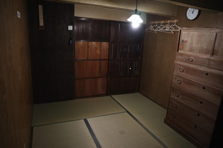 津島ゲストハウス内装