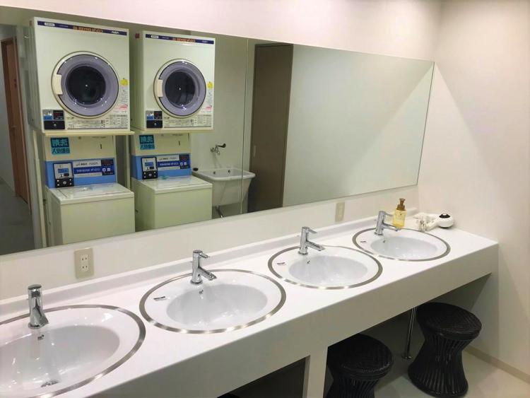 iyasuhostelsapporoの洗面所