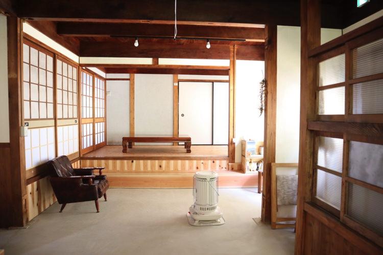 草地家の部屋2